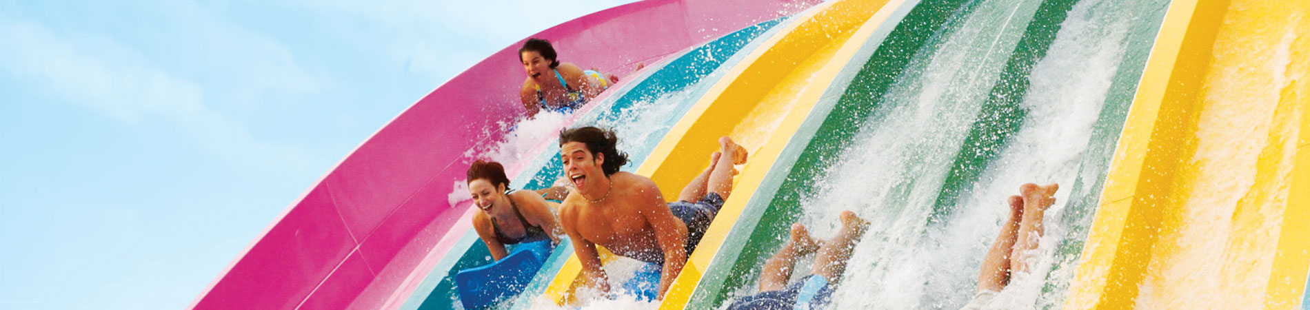 Race your friends on the thrilling Taumata Racer at Aquatica.