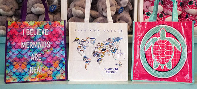 Reusable bags replace paper and plastic bags