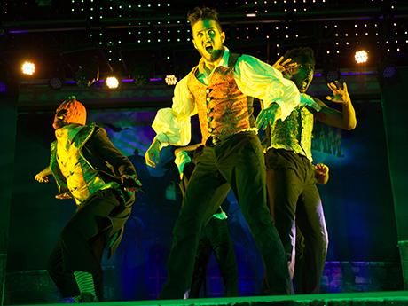 Vampire Dancers in Howl-O-Scream Show