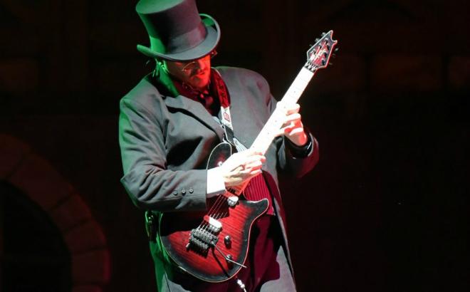 Monster Stomp Guitarist