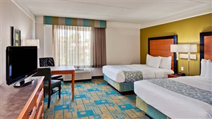 LaQuinta Inn and Suites Orlando Queen Beds