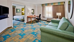 LaQuinta Inn and Suites Orlando Suite