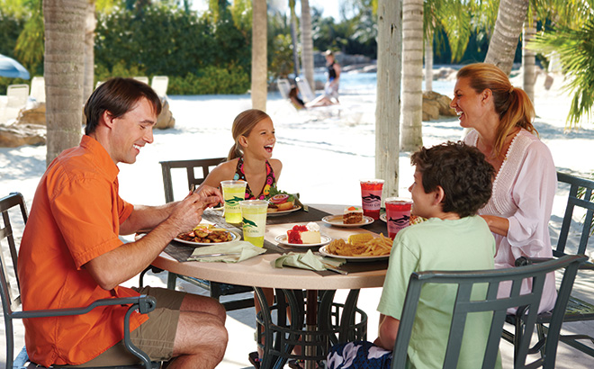 Discovery Cove Family Enjoying Lunch