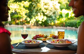 Unlimited Food and Beverages during your day at Discovery Cove Orlando