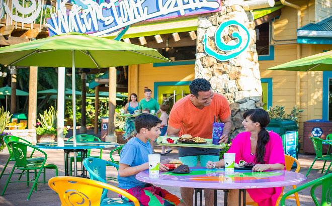 Aquatica Orlando Dining