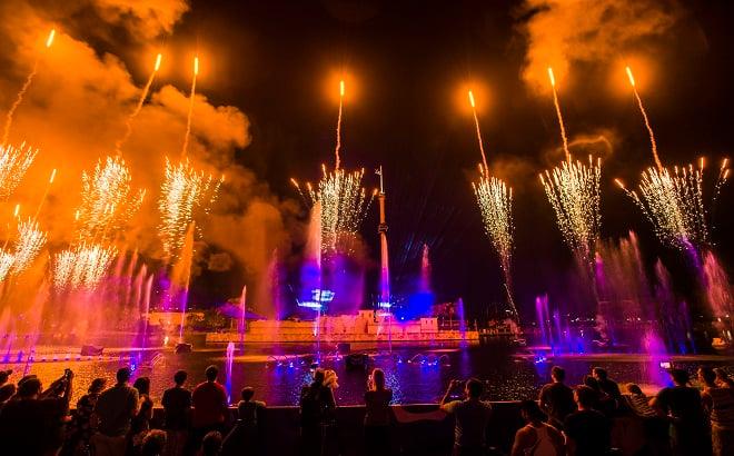 Electric Ocean Fireworks