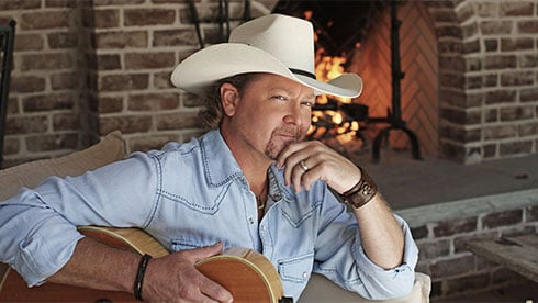 Seven Seas Food Festival Performer Tracy Lawrence