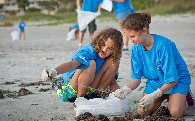 Pass Member Beach Cleanup