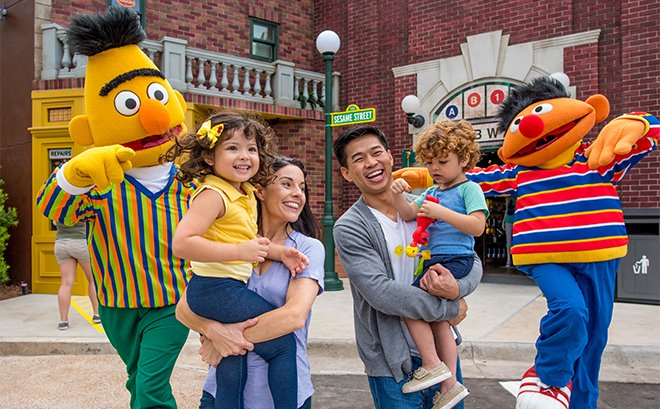 Sesame Street Family with Characters