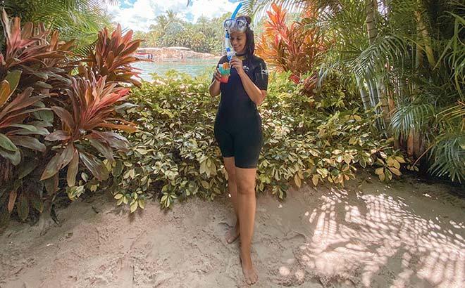 A visit to Discovery Cove Orlando, guest blogger, Carolina Grabova