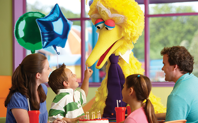 Dine with Big Bird Character Breakfast at SeaWorld