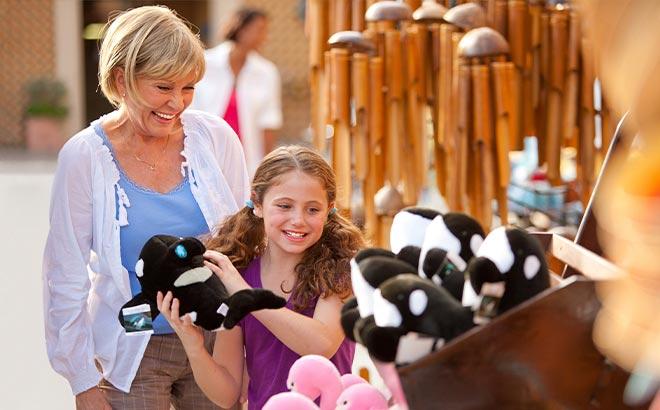 Shopping at SeaWorld Orlando