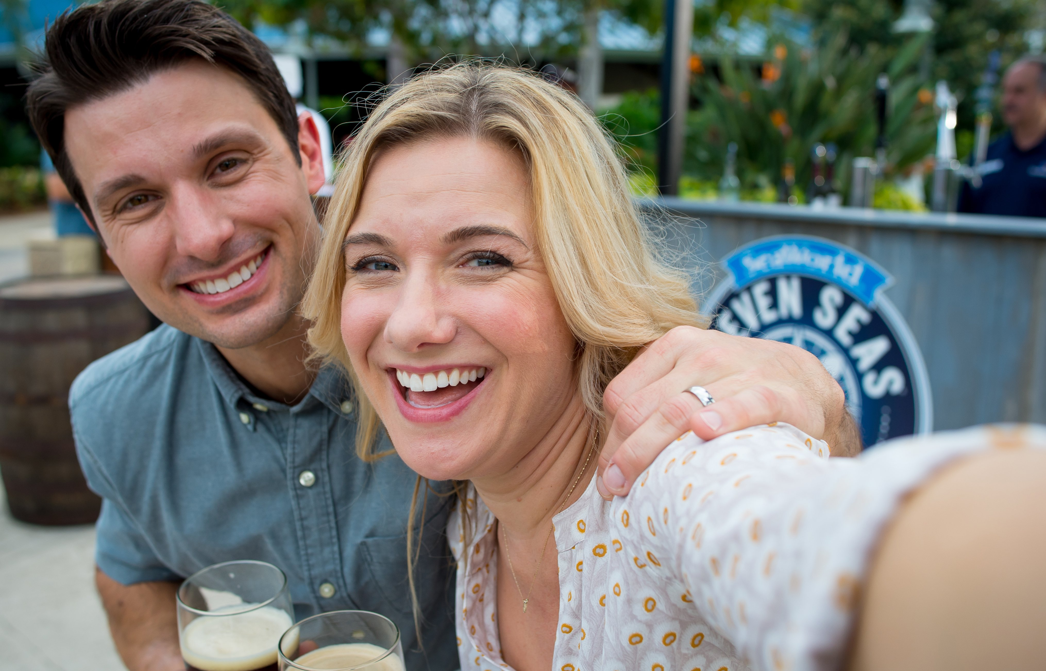 Couple Enjoying Beverages at SeaWorld Orlando