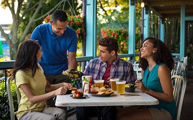 SeaWorld Orlando Eat Free Package