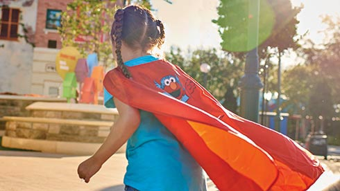 Earn Everyday Hero badges during Sesame Street Kids Weekend at SeaWorld Orlando