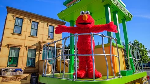 Storytime during Sesame Street Kids Weekend at SeaWorld Orlando