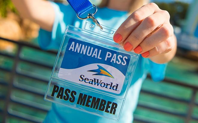 Become a SeaWorld Orlando Pass Member