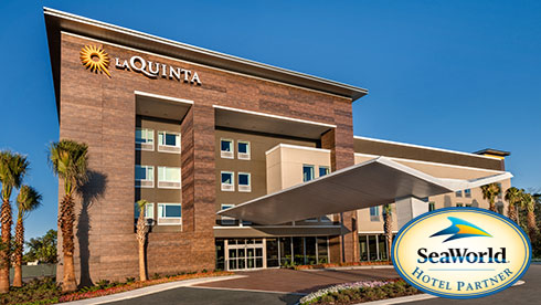 LaQuinta Inn & Suites by Wyndham Orlando IDrive Theme Parks