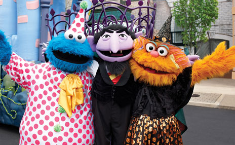 Cookie Monster, Count and Zoe Spooktacular