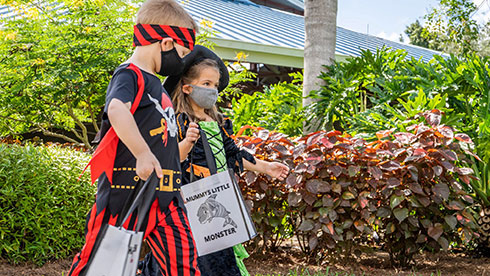Purchase Reusable Trick or Treat Bags at SeaWorld San Antonio's Spooktacular