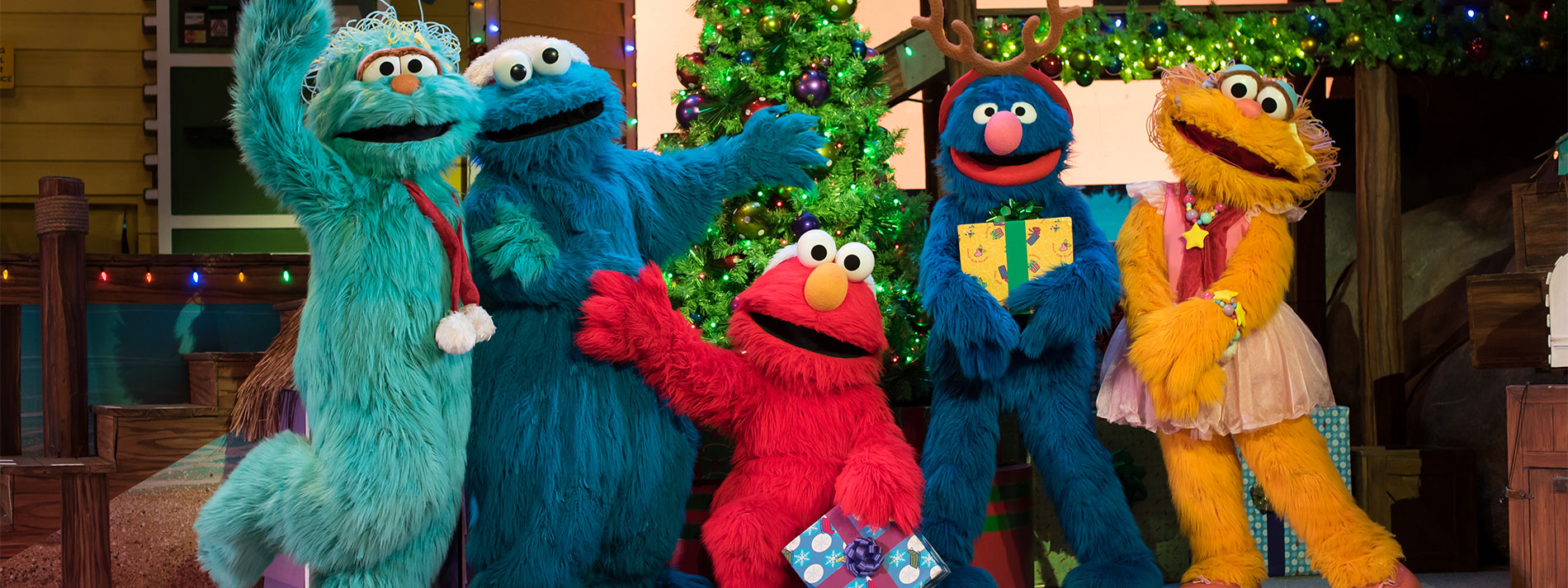 Sesame Street Christmas Show at SeaWorld San Antonio