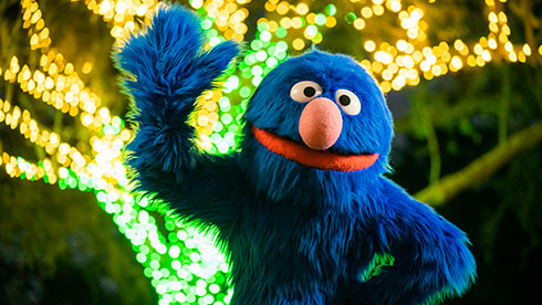 Enjoy physically distant photo opportunities with everyone's favorite Sesame Street friends in their festive holiday attire.