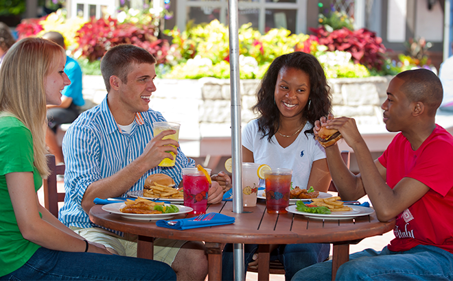 All Season Dining at SeaWorld San Antonio