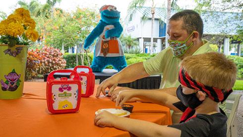 Sesame Street Cookie Decorating at SeaWorld Orlando Spooktacular