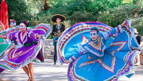 Día de Los Muertos Baile Folklórico Dancers at SeaWorld Spooktacular