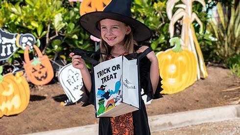 SeaWorld San Diego Halloween Spooktacular Candy Bag