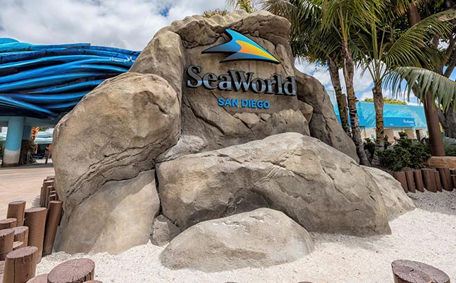 SeaWorld San Diego Sign