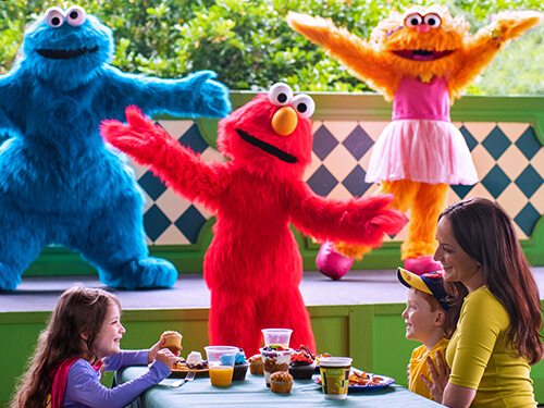 SeaWorld San Diego Breakfast with Elmo & Friends