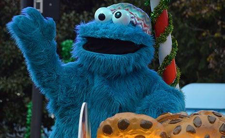 Meet Cookie Monster at SeaWorld San Diego Christmas Celebration