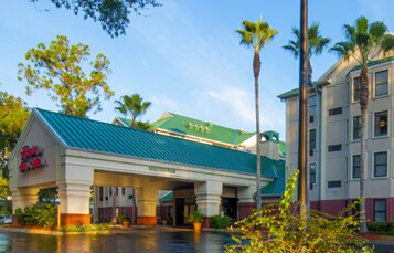 Book at Busch Gardens Vacation Package at the Hampton Inn & Suites Tampa North