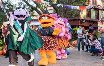 Busch Gardens Tampa Bay Sesame Street Safari of Fun Weekends Press Kit