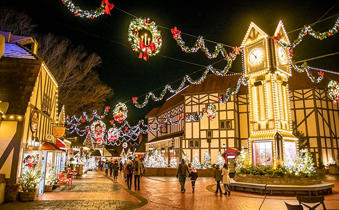 Busch Gardens Christmas 2020 See the Lights at Christmas Town | Virginia Parks Blog