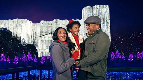 See Christmas lights in Williamsburg, Virginia
