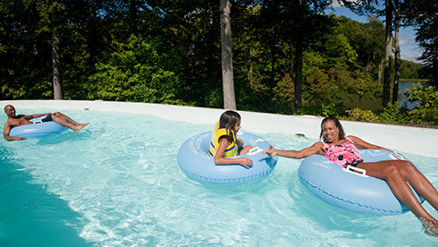 Kid pools, wave pool and lazy rivers at Water Country USA