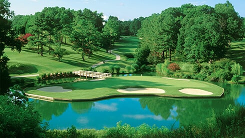 Find some of Virginia's best golf courses nearby