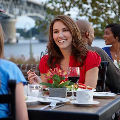 Dining options and restaurants near Williamsburg, VA