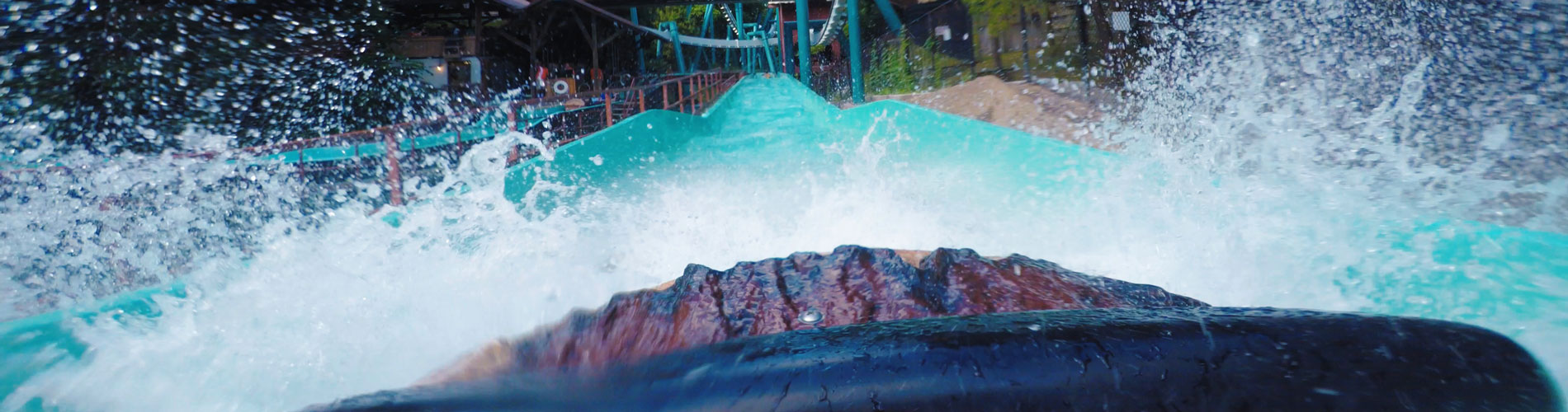 Le Scoot - Log Flume Ride